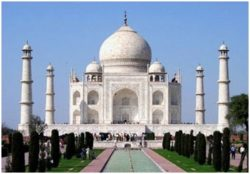 5 reasons for Taj Mahal to be the first choice of tourists to see in India.
