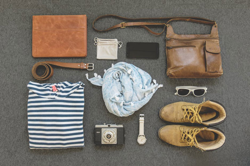 6 Must Have Things While Traveling